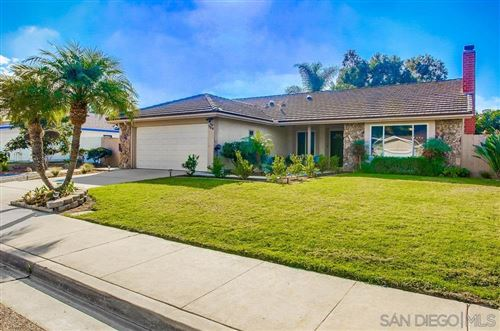 Photo of 724 Oakbranch Drive, Encinitas, CA 92024 (MLS # 210001615)