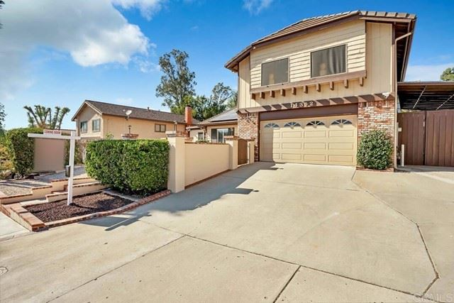 Photo of 14302 Vista Hills Drive, Lakeside, CA 92040 (MLS # PTP2106616)
