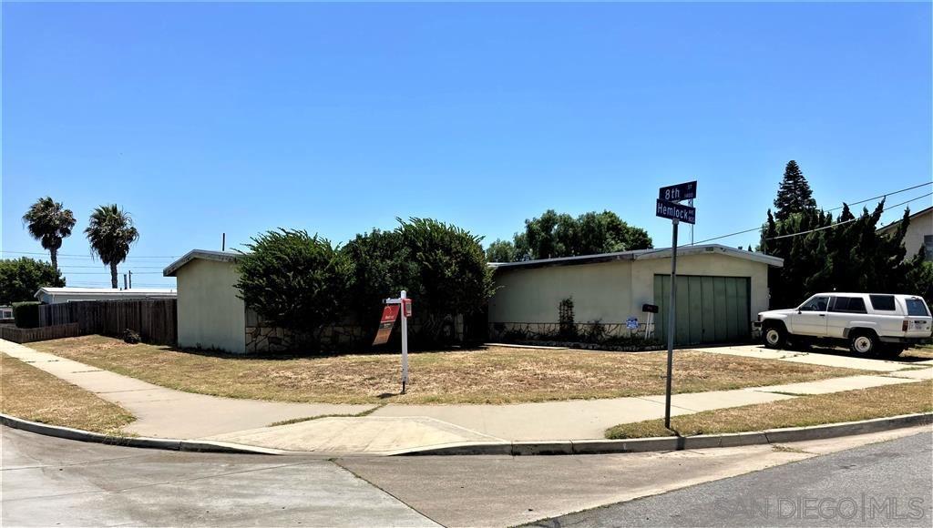 Photo of 827 Hemlock Ave, Imperial Beach, CA 91932 (MLS # 200030617)