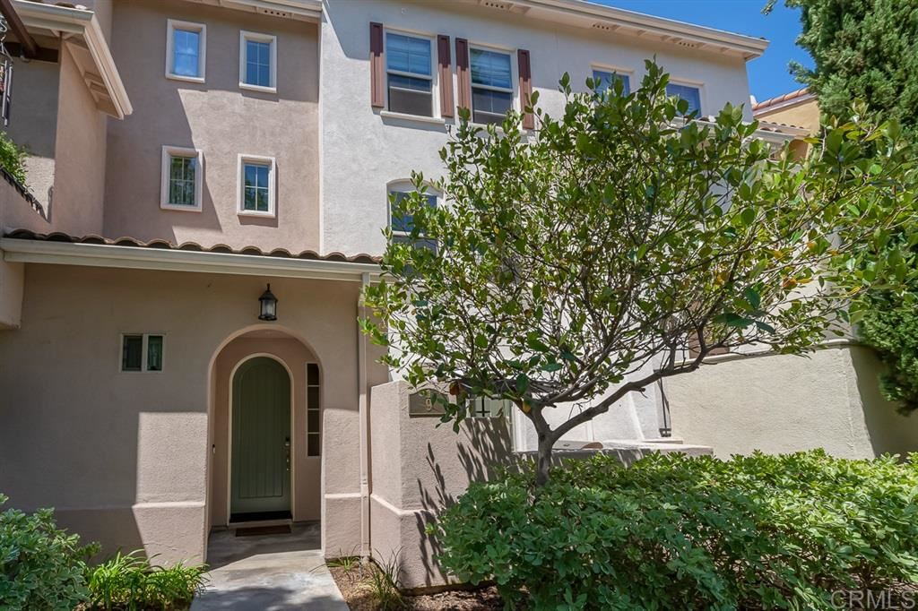 Photo of 2204 Huntington Point Rd #9, Chula Vista, CA 91914 (MLS # 200030618)