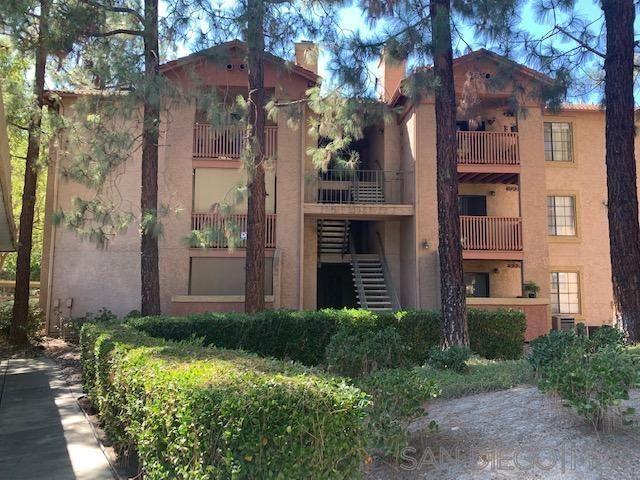Photo of 12075 Alta Carmel Court #34, San Diego, CA 92128 (MLS # 210026619)