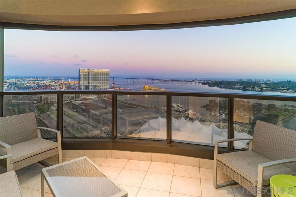 Photo for 200 Harbor Drive #2902, San Diego, CA 92101 (MLS # 190029623)