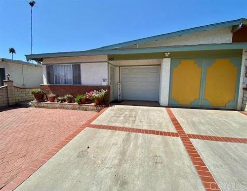 Photo of 553 Begonia Street, Escondido, CA 92027 (MLS # PTP2106626)