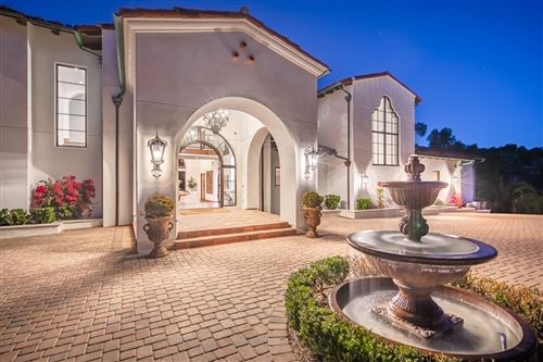 Photo of 6888 Rancho Santa Fe Farms Drive, Rancho Santa Fe, CA 92067 (MLS # 210000627)
