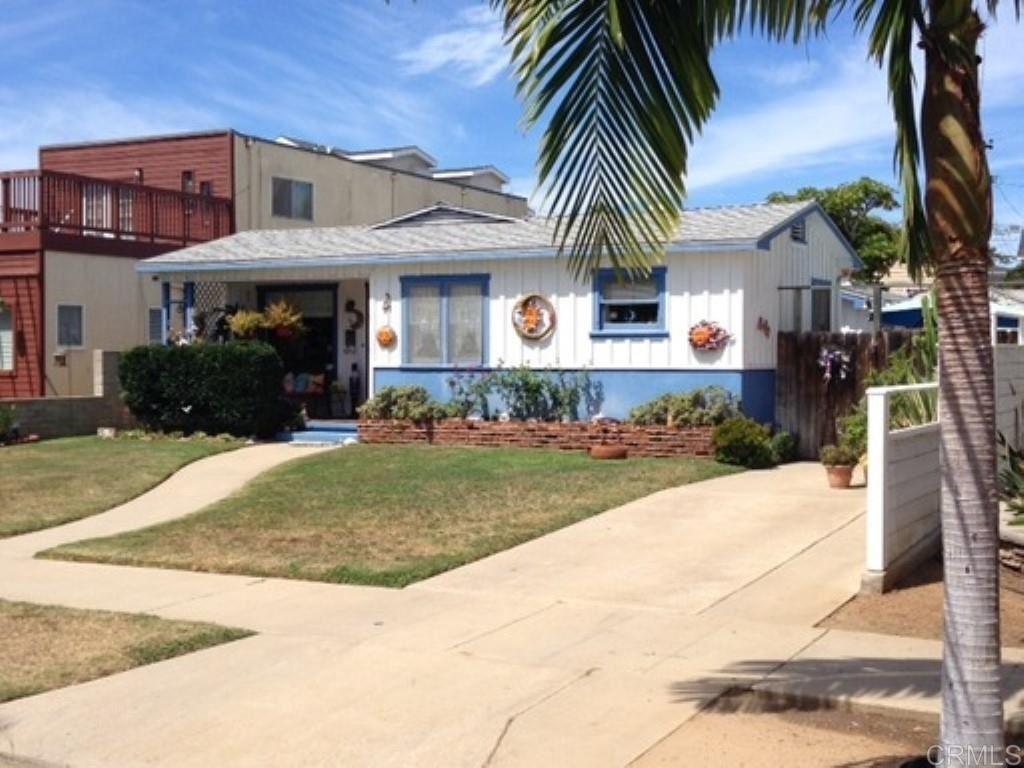 Photo of 808 H Ave, Coronado, CA 92118 (MLS # 200044632)