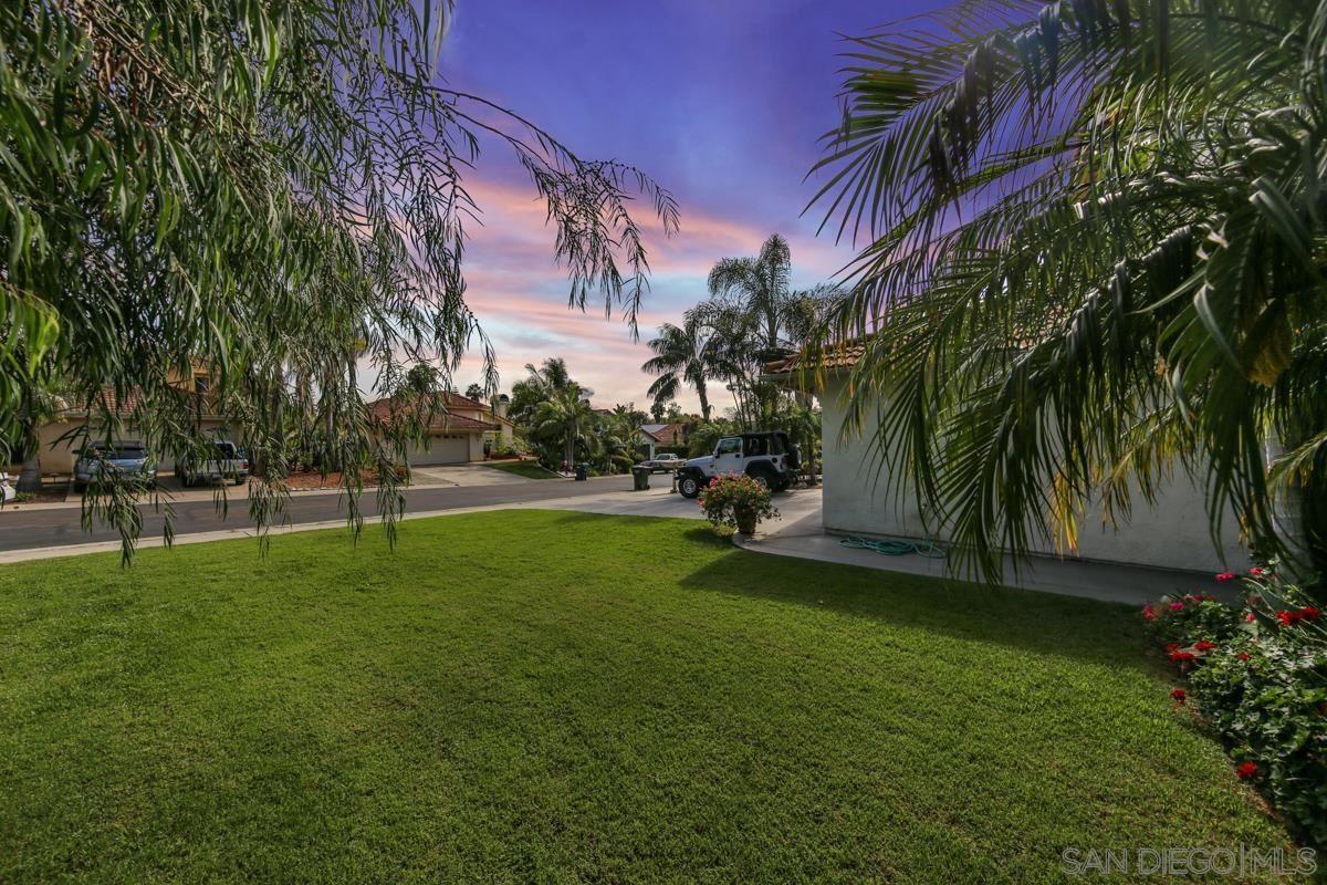 Photo of 716 Poinsettia Park N, Encinitas, CA 92024 (MLS # 210020634)
