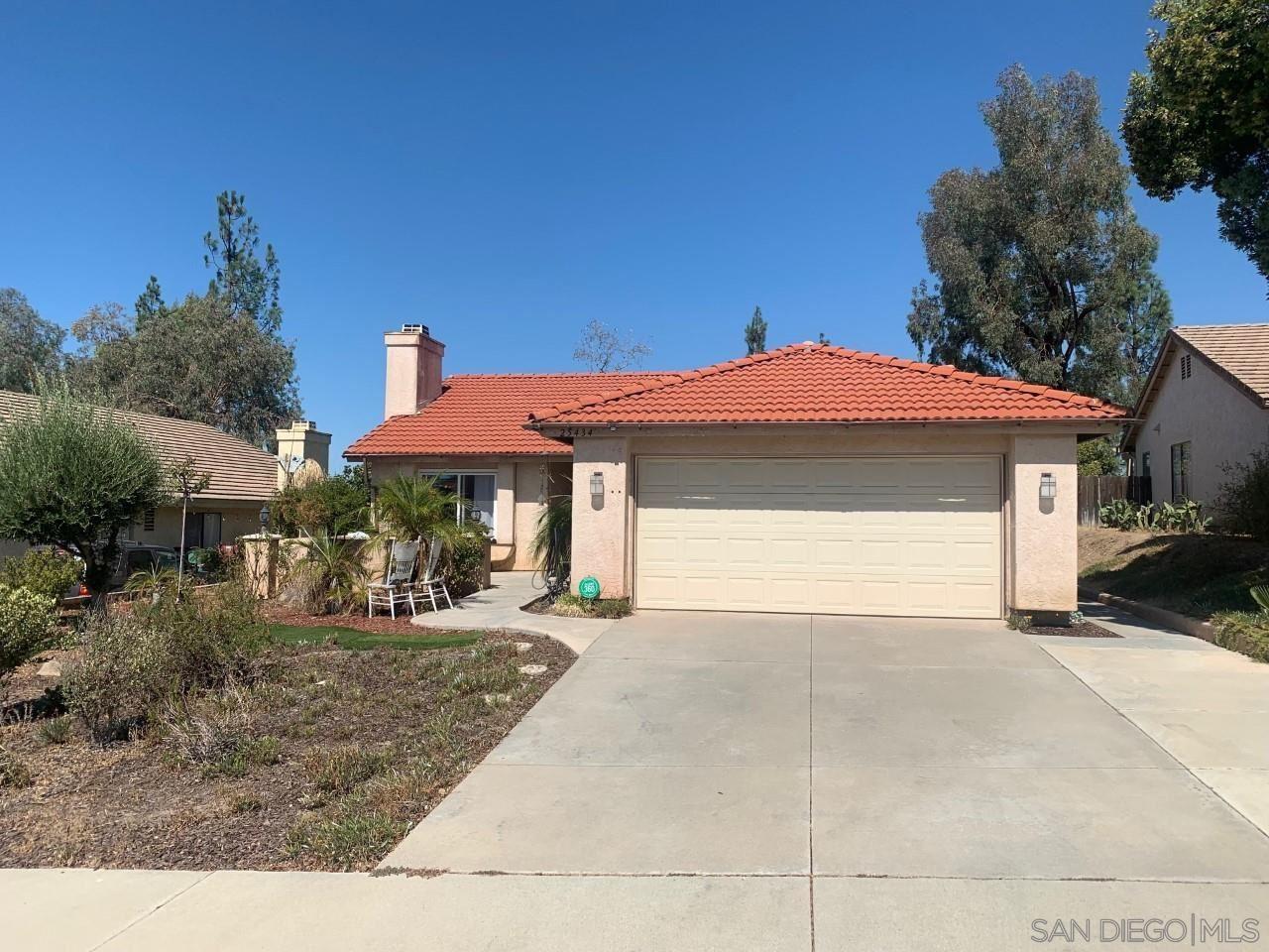 Photo of 25434 Boxelder, Murrieta, CA 92563 (MLS # 210026635)
