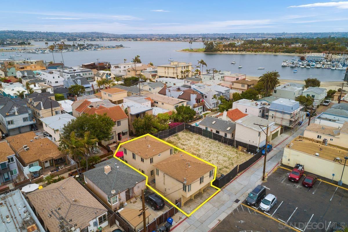 Photo of 817-19 Island Court, San Diego, CA 92109 (MLS # 210015639)