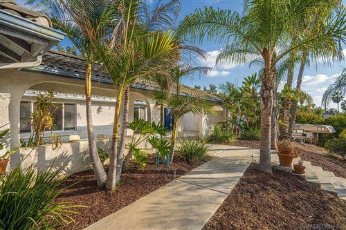 Photo of 614 Valley Dr, Vista, CA 92084 (MLS # 200052643)
