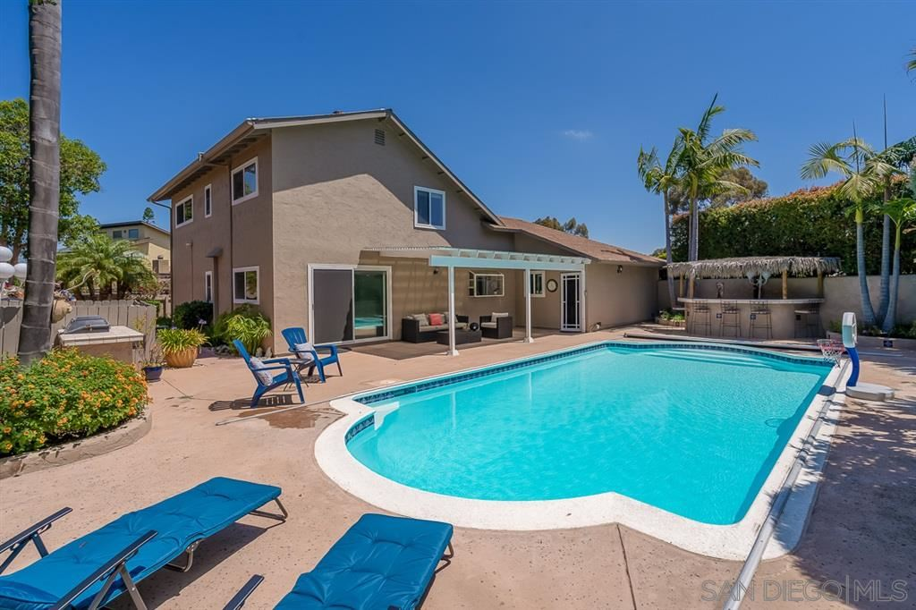 Photo of 7264 Steinbeck Ave, San Diego, CA 92122 (MLS # 200031643)