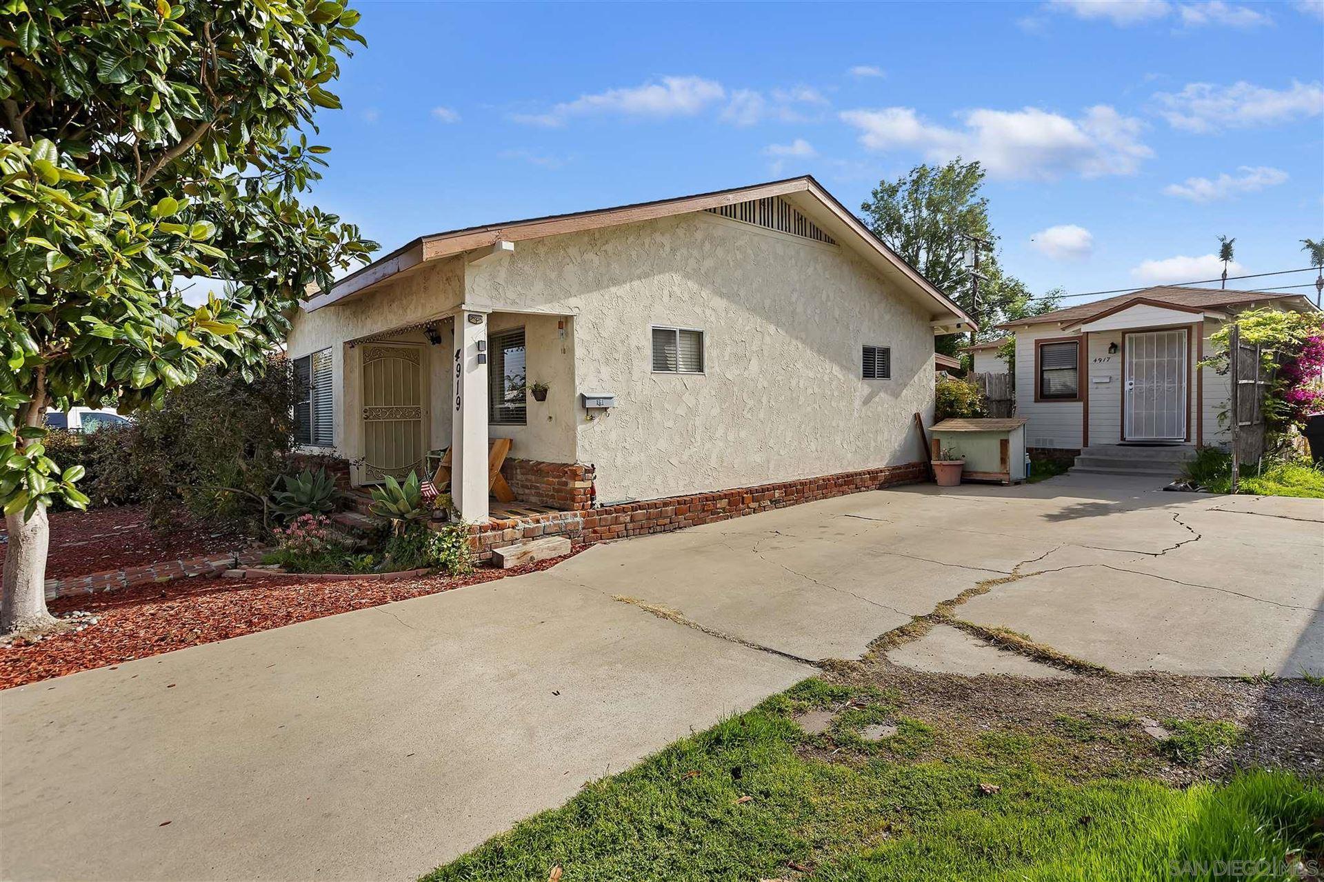 Photo of 4917-4919 Mansfield St, San Diego, CA 92116 (MLS # 210008650)