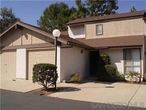 Photo of 308 Ranchwood Gln, Escondido, CA 92026 (MLS # 210026651)