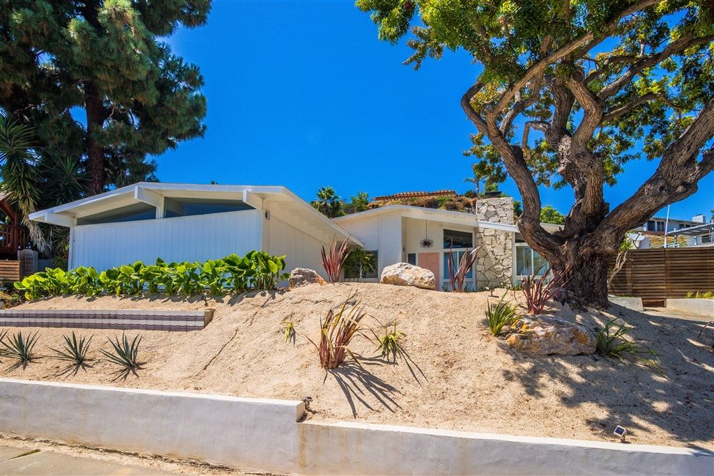 Photo of 4954 Pacifica, San Diego, CA 92109 (MLS # 200031654)