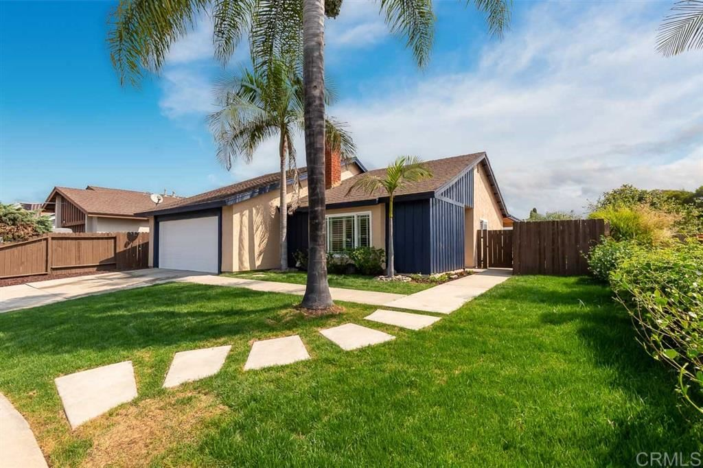 Photo of 1820 Manzanita Ct, Vista, CA 92083 (MLS # 200045657)