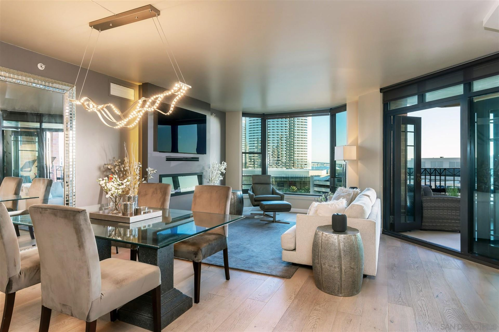 Photo for 500 W Harbor Dr #904, San Diego, CA 92101 (MLS # 210003658)