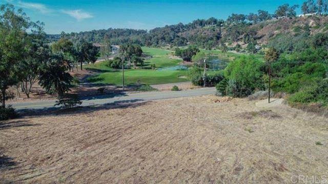 Photo of 5758 Las Palomas, Rancho Santa Fe, CA 92067 (MLS # NDP2108662)