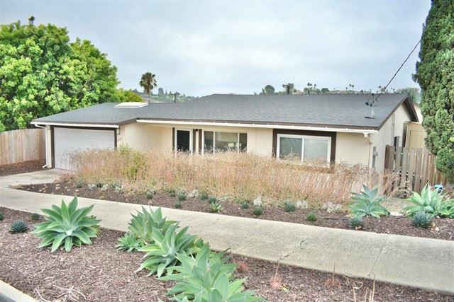 Photo of 2731 Lancelot Drive, Oceanside, CA 92054 (MLS # NDP2108664)