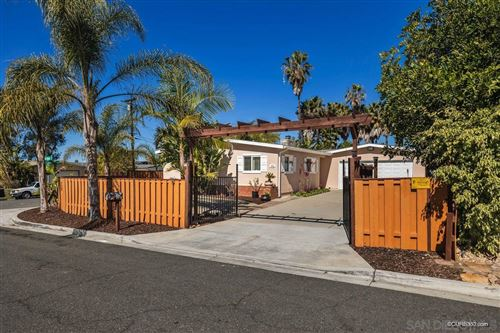 Photo of 1002 San Abella Drive, Encinitas, CA 92024 (MLS # 210004666)