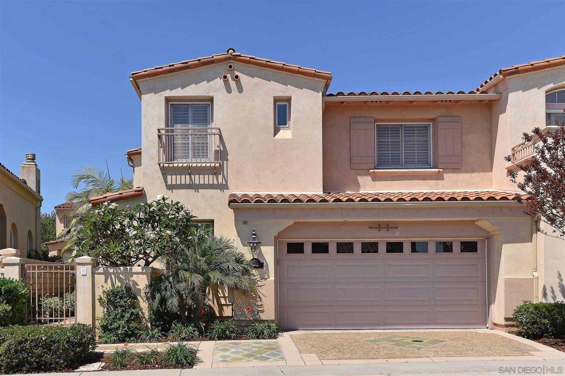 Photo of 1362 Caminito Arriata, La Jolla, CA 92037 (MLS # 210021666)