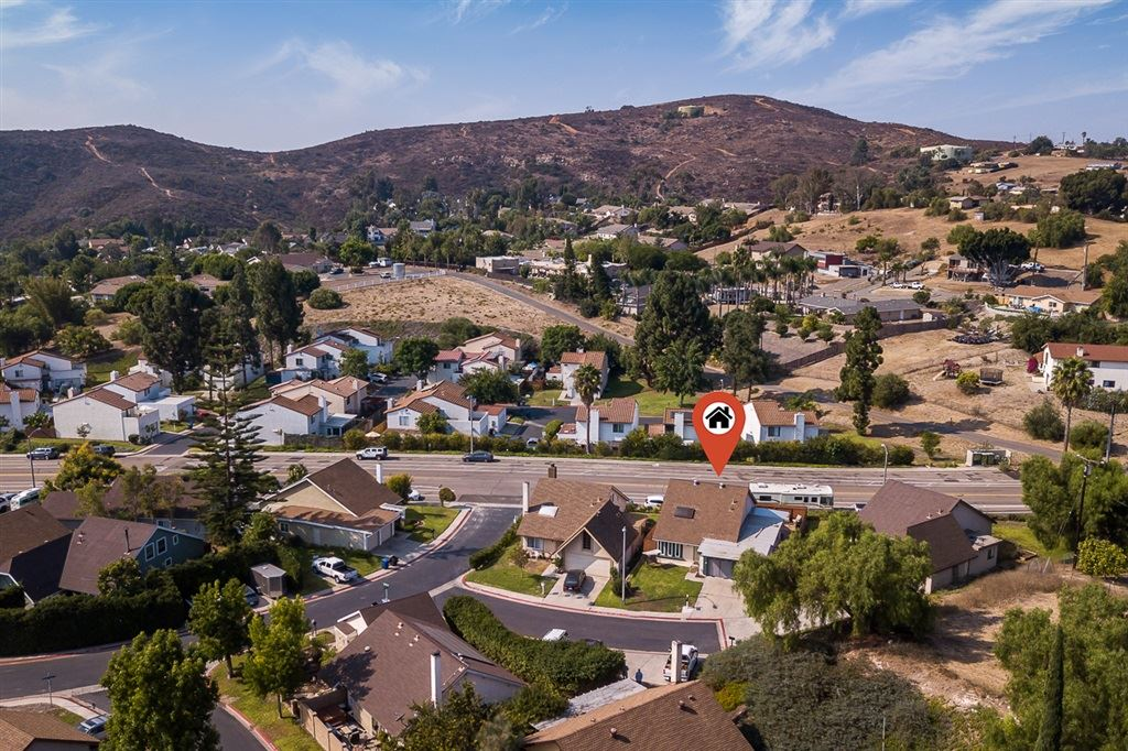 Photo for 2612 Clifftop Ln, Spring Valley, CA 91977 (MLS # 200045669)