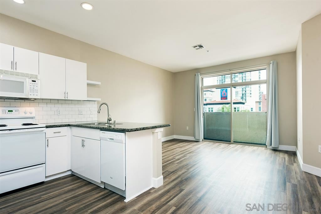 Photo for 1501 Front Street #522, San Diego, CA 92101 (MLS # 190031671)