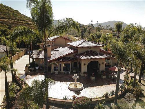 Photo of 1601 Kings Way, Vista, CA 92084 (MLS # 200030672)