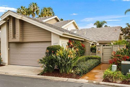 Photo of 16069 Via Viajera, Rancho Santa Fe, CA 92091 (MLS # NDP2100672)