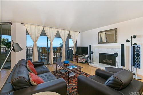 Photo of 300 Dolphin Cove Ct, Del Mar, CA 92014 (MLS # 200004674)