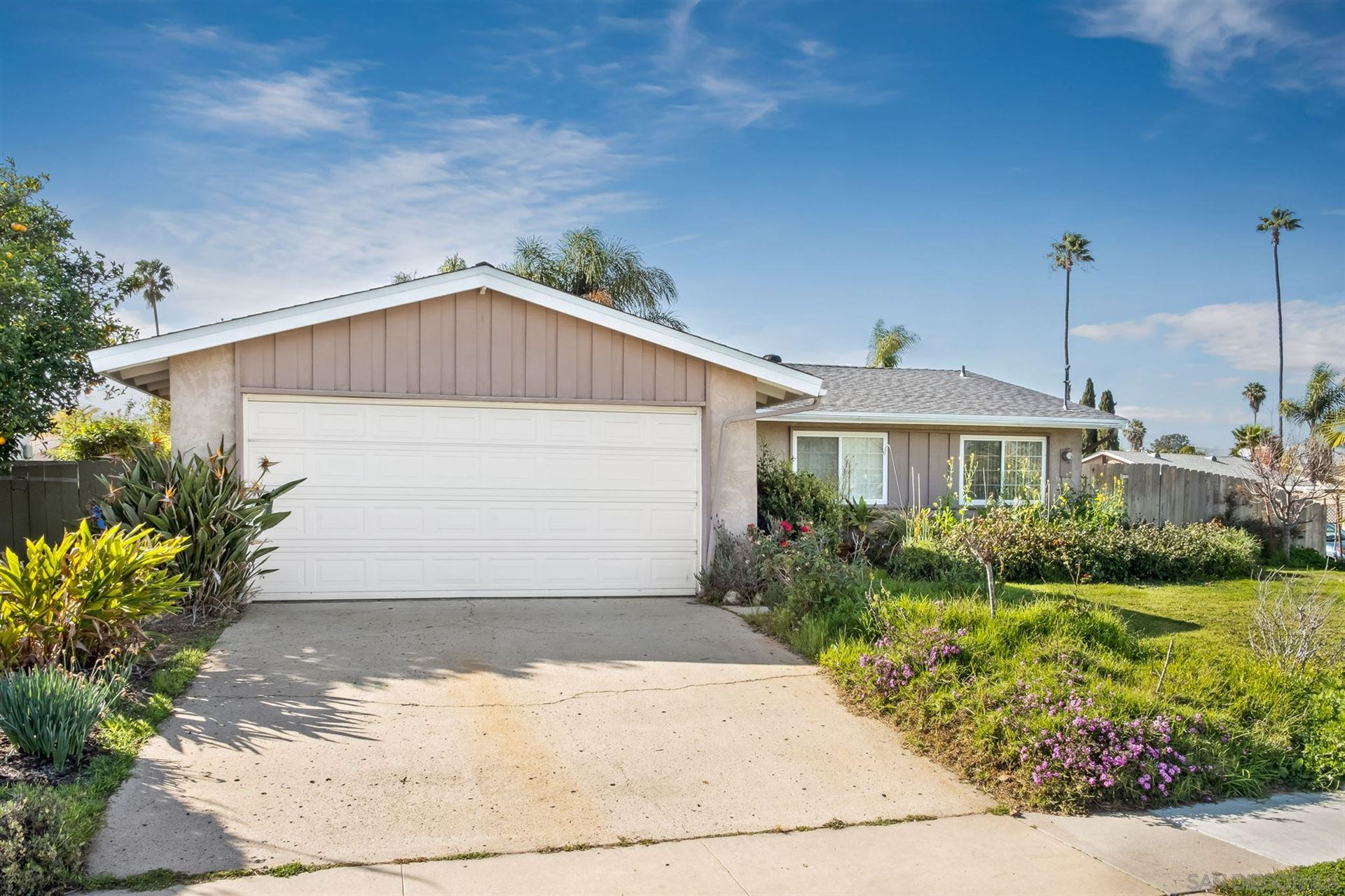 Photo for 4296 Mount Putman Ave, San Diego, CA 92117 (MLS # 210004675)