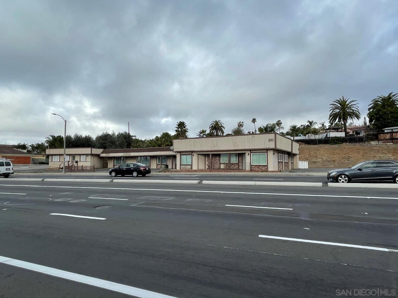 Photo of 882-890 E Vista Way, Vista, CA 92084 (MLS # 210004680)