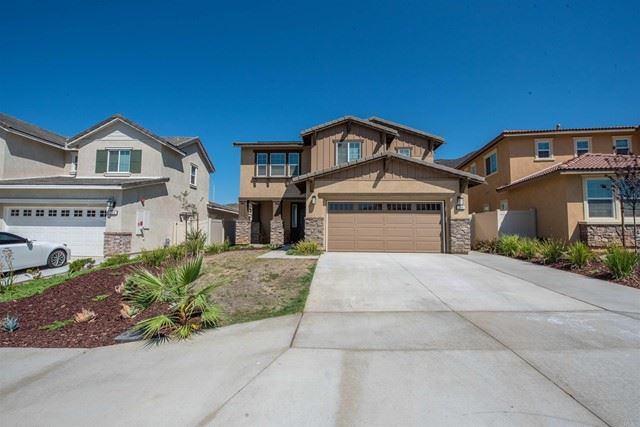 Photo of 208 Pantaneiro Place, Fallbrook, CA 92028 (MLS # NDP2110681)