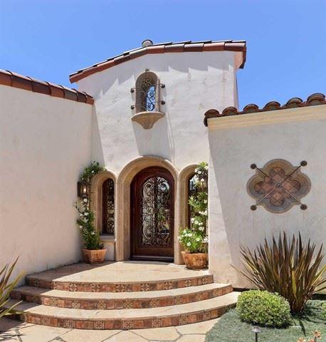 Photo of 6018 Avenida Chamnez, La Jolla, CA 92037 (MLS # NDP2106682)