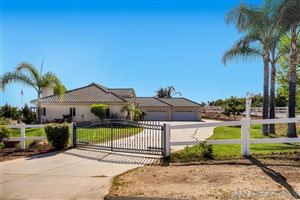 Photo of 30363 Crescent Moon Dr, Valley Center, CA 92082 (MLS # 190051683)