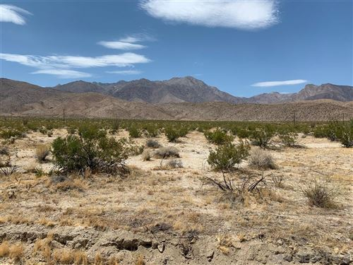 Photo of 37 Country Club Rd, Borrego Springs, CA 92004 (MLS # 200031688)