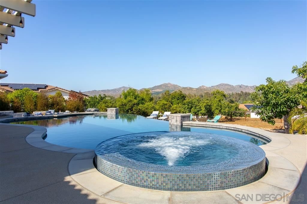 Photo of 13419 Green Terrace Dr, Poway, CA 92064 (MLS # 200028693)