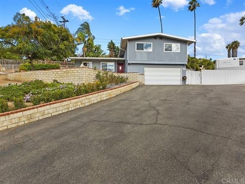Photo of 1327 Morning Glory Place, Vista, CA 92084 (MLS # NDP2100694)