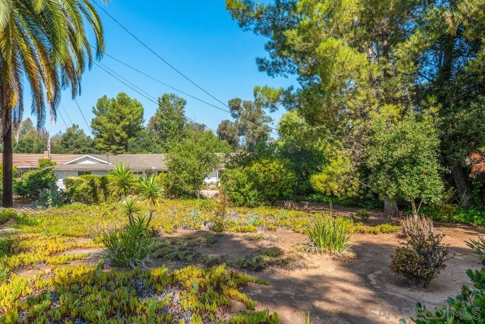 Photo of 13510 Willow Run Road, Poway, CA 92064 (MLS # 200043694)