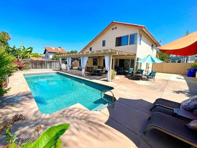 Photo of 735 Banyonwood Drive, Oceanside, CA 92057 (MLS # NDP2110694)