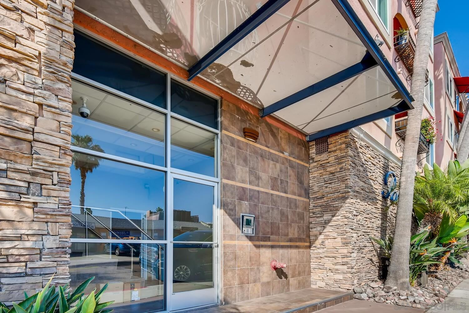 Photo for 840 Turquoise St #102, San Diego, CA 92109 (MLS # 200049699)