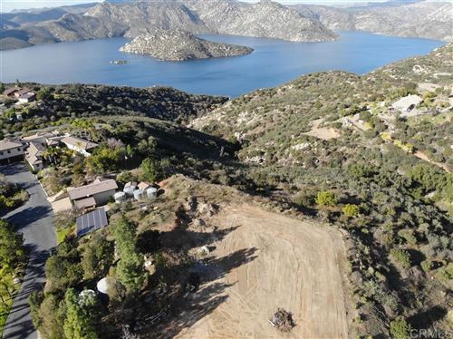 Photo of 11471 Lake Vicente Dr, Lakeside, CA 92040 (MLS # 200003704)