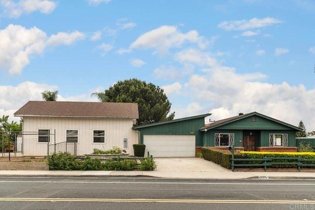 Photo of 1643 Knob Hill Road, San Marcos, CA 92069 (MLS # NDP2106709)