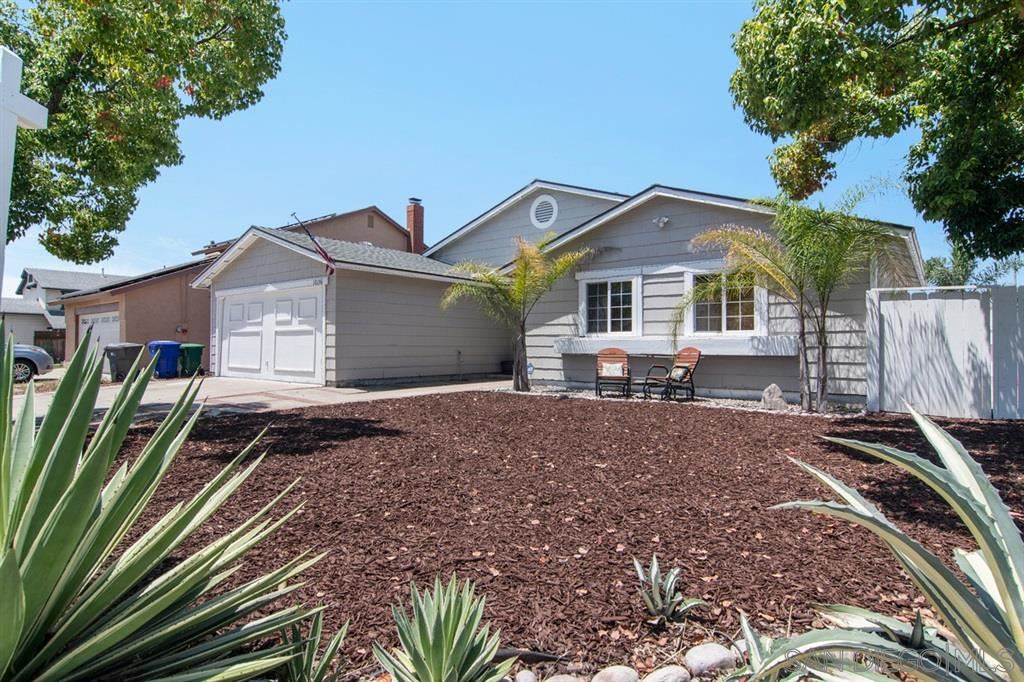 Photo of 10156 E Glendon Circle, Santee, CA 92071 (MLS # 200029711)