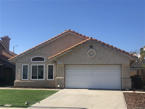 Photo of 39585 Calle San Clemente, Murrieta, CA 92562 (MLS # 210005715)