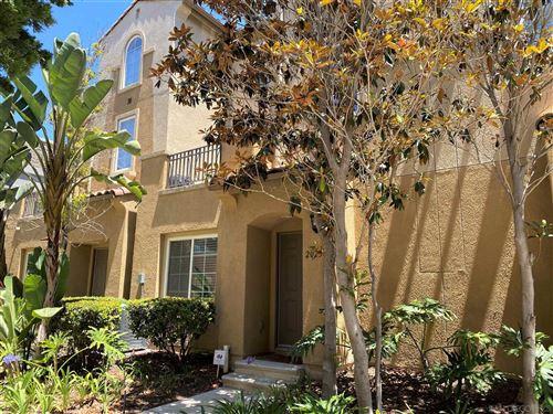 Photo of 2023 Caminito De La Cruz, Chula Vista, CA 91913 (MLS # 210011715)