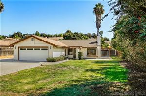 Photo of 10381 Oak Ranch Way, Escondido, CA 92026 (MLS # 190055717)