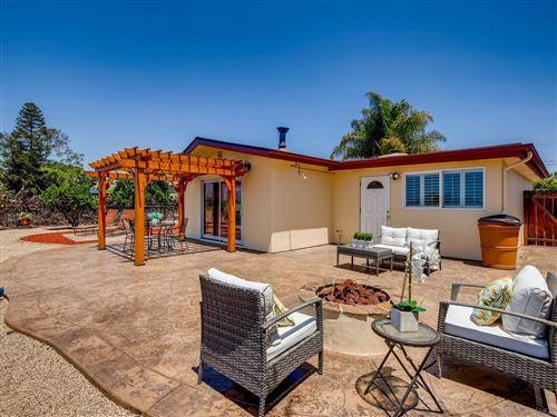 Photo of 410 Santa Clara Dr, Vista, CA 92083 (MLS # 210011717)