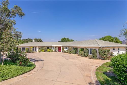 Photo of 3880 Dos Ninos Rd, Fallbrook, CA 92028 (MLS # 200047718)