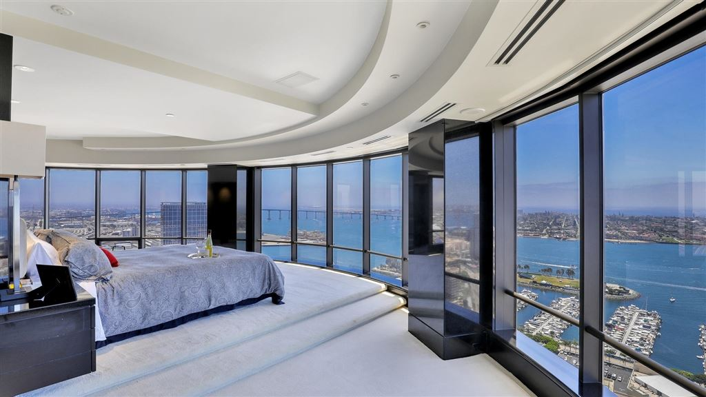 Photo for 100 Harbor Drive #3803 & 3804, San Diego, CA 92101 (MLS # 200045719)