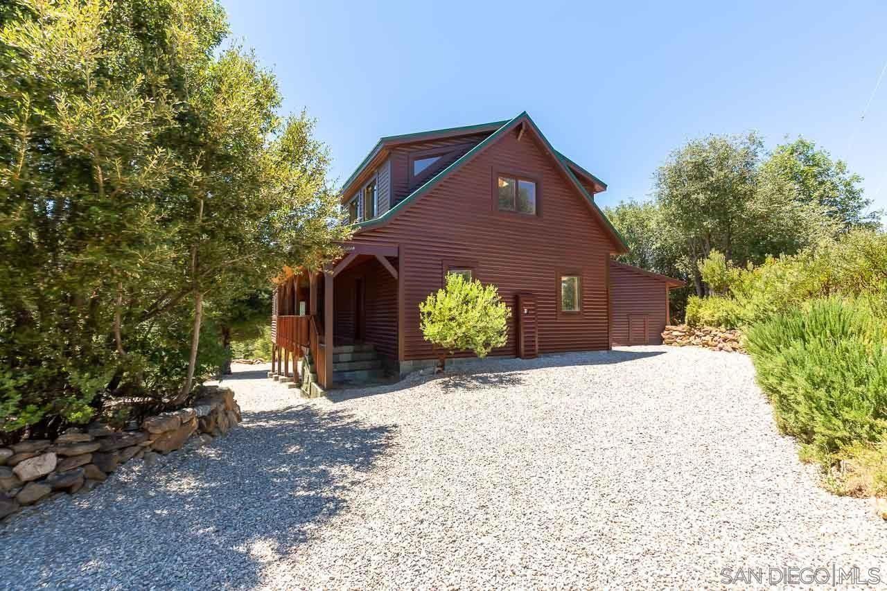 Photo of 17568 Oak Ln, Julian, CA 92036 (MLS # 210022721)