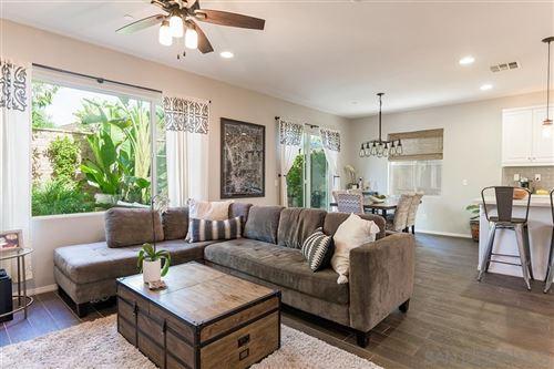 Photo of 2049 White Alder Ln, Vista, CA 92084 (MLS # 200030725)